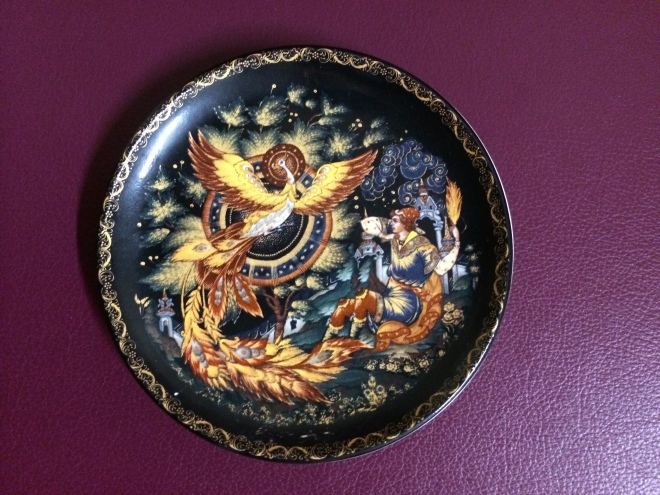 Discovering this miniature lacquered plate (10cm wide) led me to Russia, magic and the mystical Firebird.